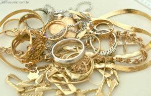 Jóias de ouro anel aliança colar pulseiras